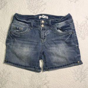No boundaries blue Jean shorts